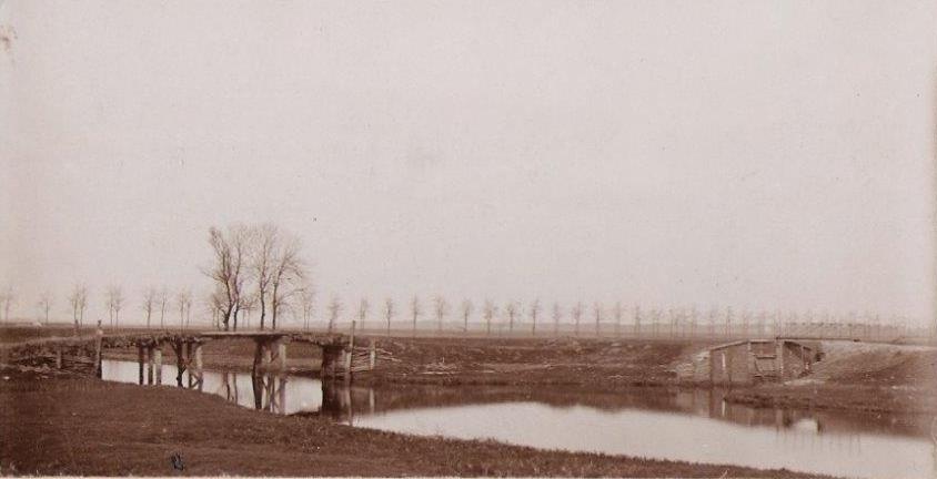 2e hooibrug over Westerwoldse-A + ingangssluis Veendiep ca  1928